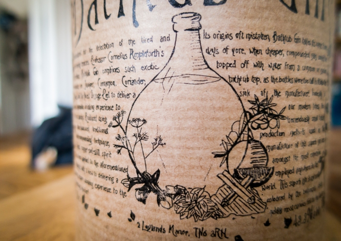 Bathtub Gin Label. Foto: Michael Sperling