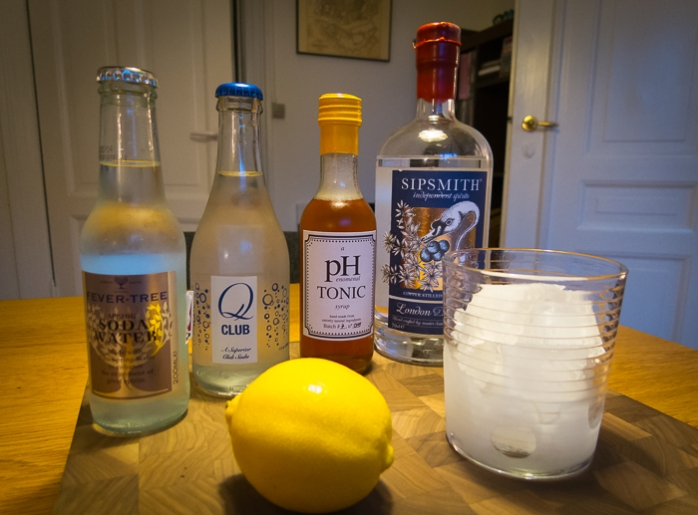 G&T med pHenomenal Tonic Syrup