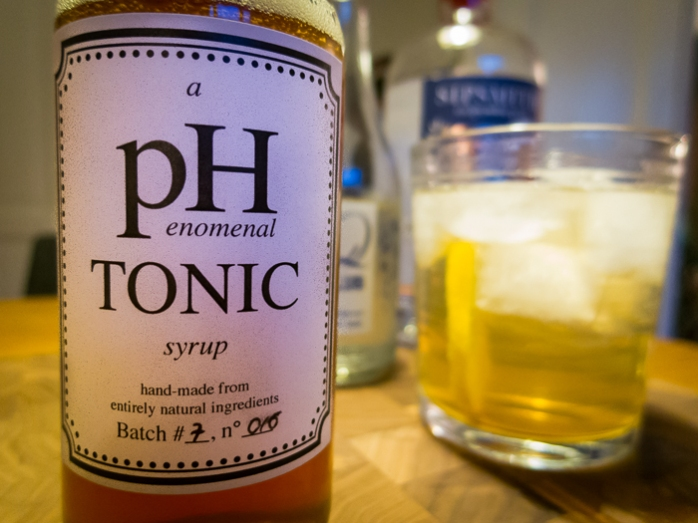 Drinks med pHenomenal Tonic Syrup