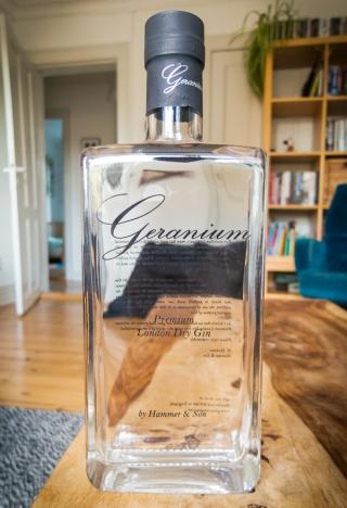 Geranium Gin. Photo by Michael Sperling, En Verden af Gin.