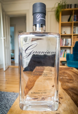 Geranium Gin. Photo by Michael Sperling, En Verden af Gin.