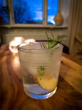 The Rosemary and Tonic med Juniper Green Organic Gin. Photo: Michael Sperling.
