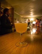 Gin cocktail på Ourselves Alone