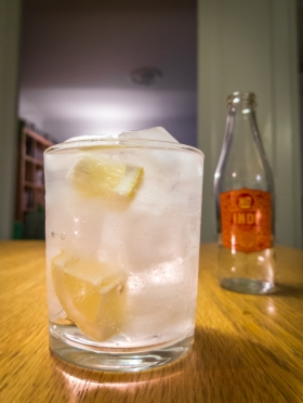 GT med Indi Tonic Water og Martin Miller's Gin. Photo by Michael Sperling.