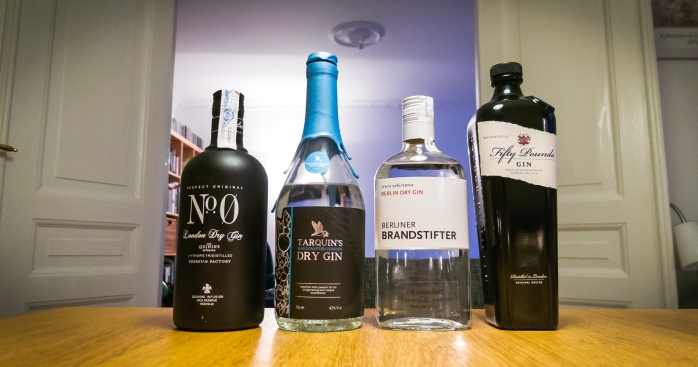 No. 0 Gin, Tarquin's Gin, Berlin Dry Gin, Fifty Pounds Gin versus Qcumber Sparkling Water. Foto: Michael Sperling.