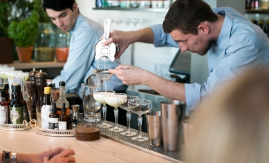 Gin Master Class på restaurant Verandah. Photo by Michael Sperling.