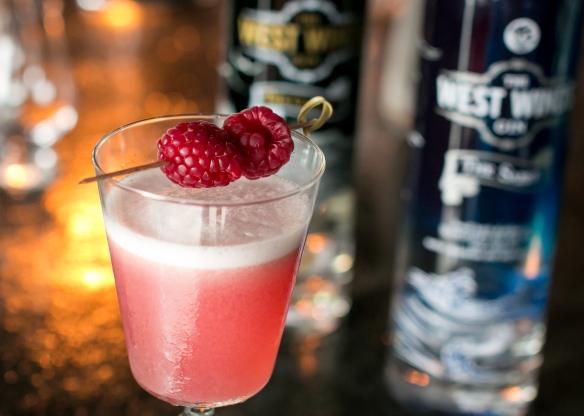 Clover Club med The Sabre på Bar25. Photo by Michael Sperling, En Verden af Gin.
