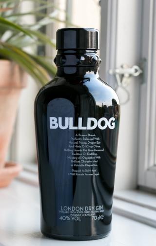 Bulldog Gin. Photo by Michael Sperling, En Verden af Gin.