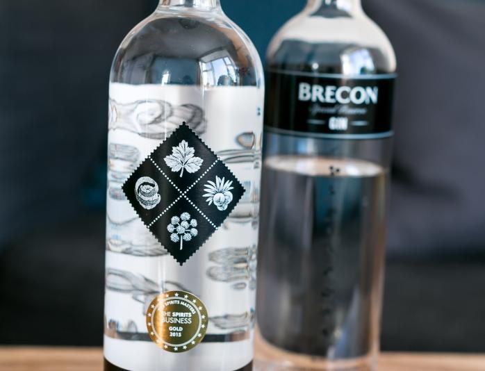 Brecon Botanicals Gin og Brecon Special Reserve Gin. Photo by Michael Sperling, En Verden af Gin.