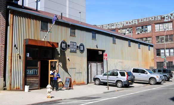 New York Distilling Company. Photo by Michael Sperling, En Verden af Gin.