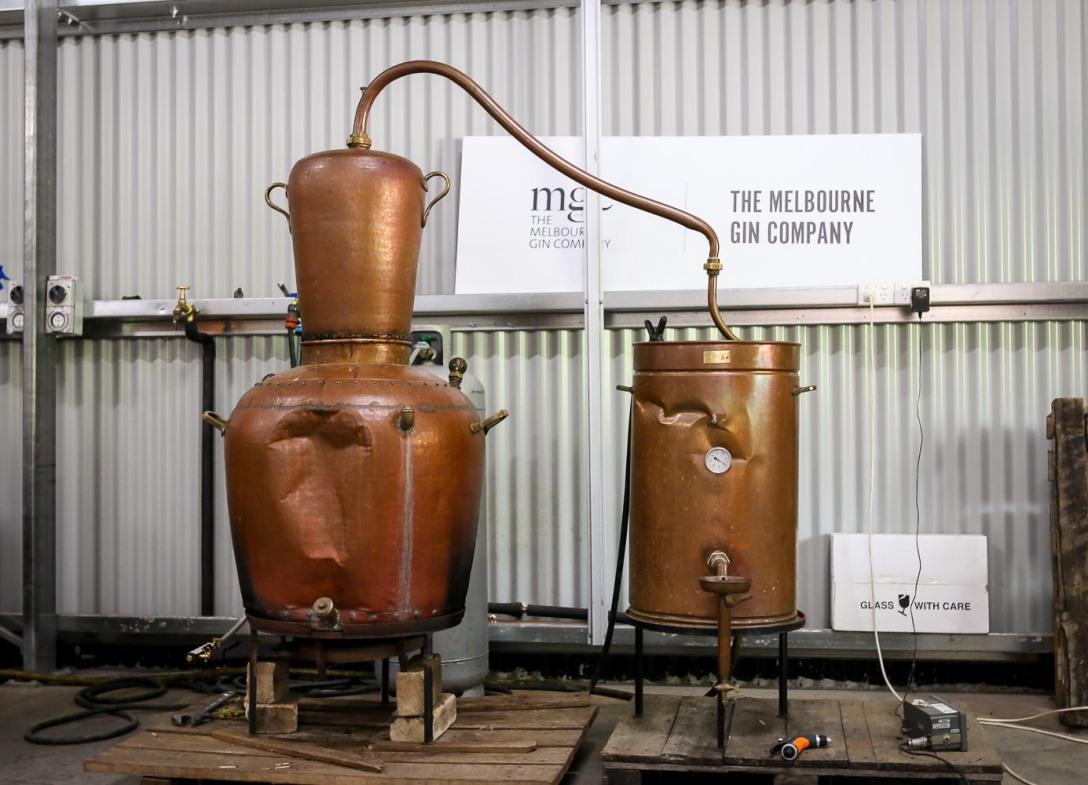 Den forslåede portugisiske destillator. Photo by Michael Sperling.