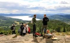 På toppen af Skuleberget. Photo by Michael Sperling.