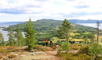 På ved ned ad Skuleberget. Photo by Michael Sperling.