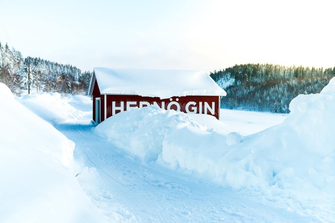 Hernö Distillery by winter. Photo by Michael Sperling.