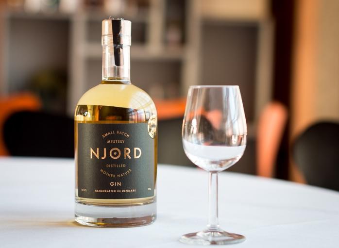 njord-gin-barrel-aged-3