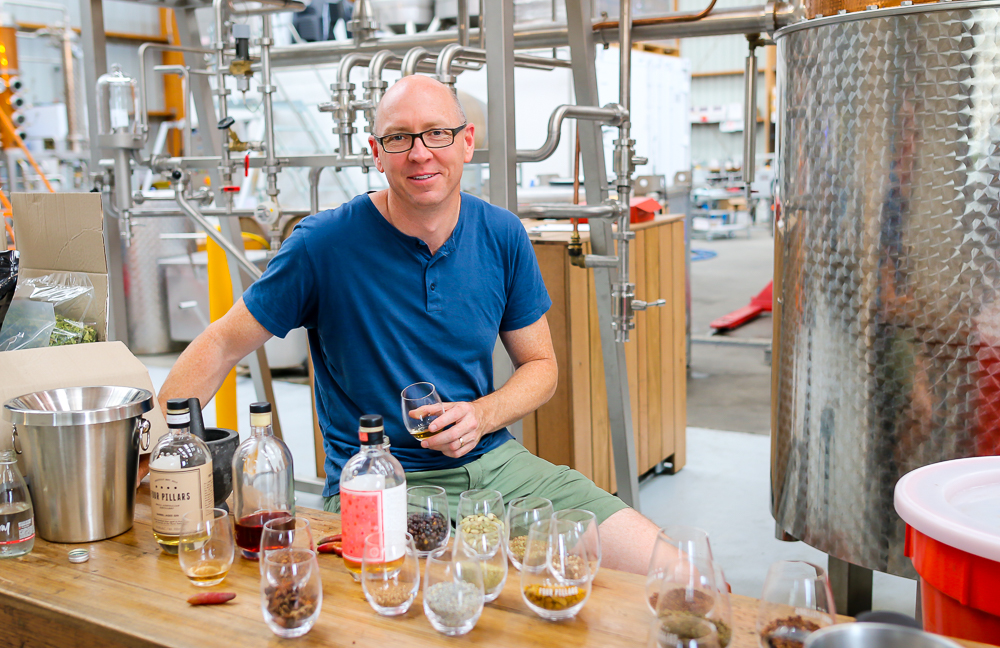 Cameron MacKenzie, master distiller og medejer, Four Pillars Distillery. Photo by Michael Sperling.