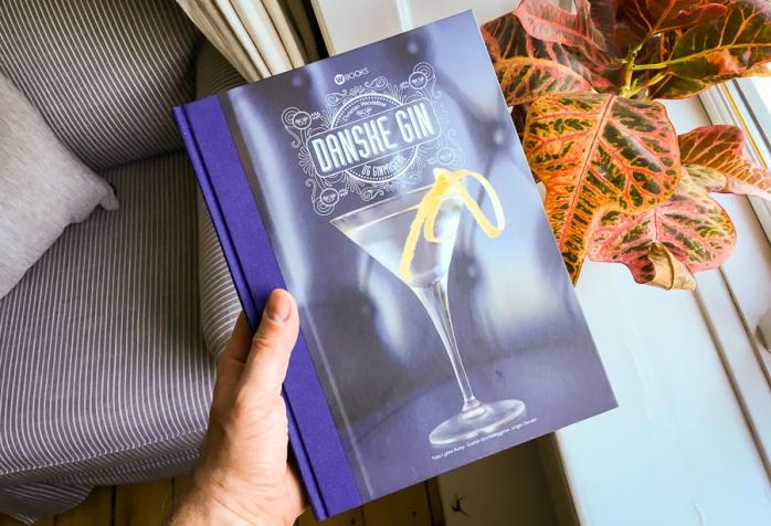 Ginbogen 'Danske gin og ginmagere' af Christian Wendelboe. Photo by Michael Sperling.