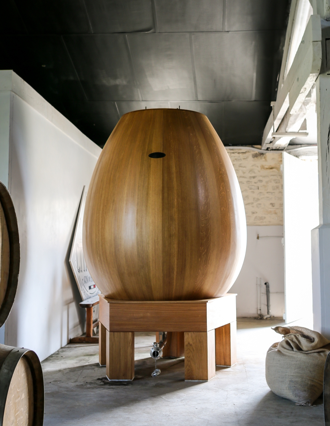 The Ovum til Citadelle Réserve Gin. Photo by Michael Sperling.