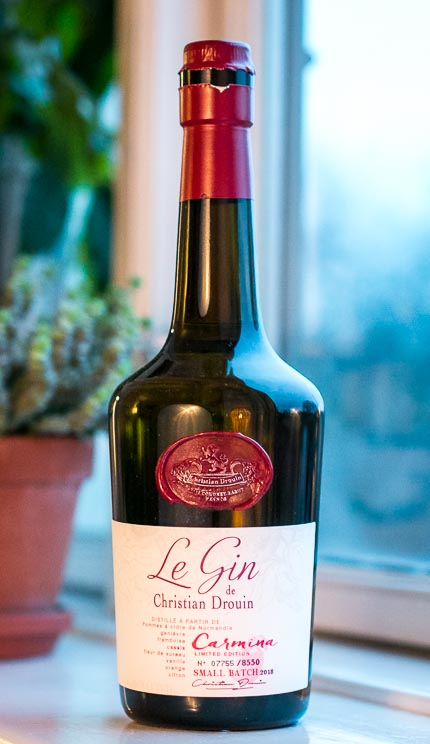 Le Gin Carmina de Christian Drouin. Photo by Michael Sperling.