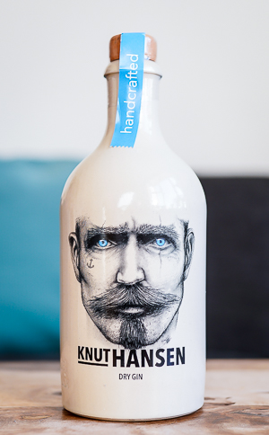 Knut Hansen Dry Gin. Photo by Michael Sperling.